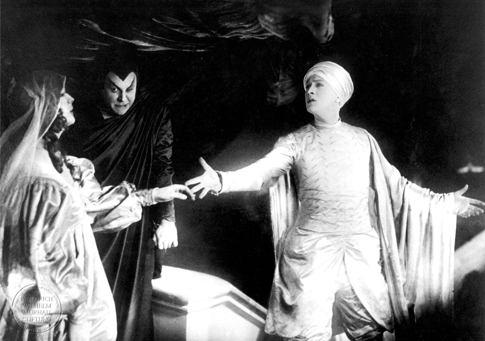 [critique] Faust – 1926