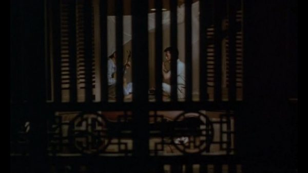 [CRITICAL] The SCENT OF GREEN PAPAYA (1993)