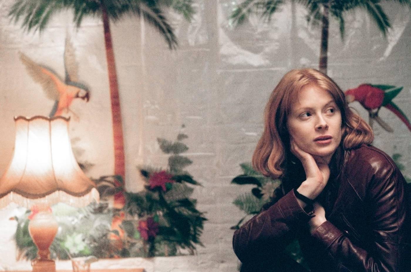 DAPHNÉ, Chronique d'une femme dans la jungle contemporaine – Critique
