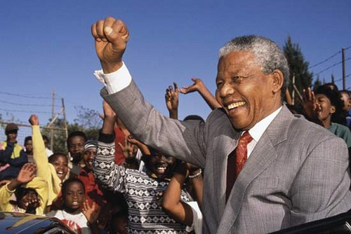 Invictius : Clint Eastwood transpose Nelson Mandela at the cinema