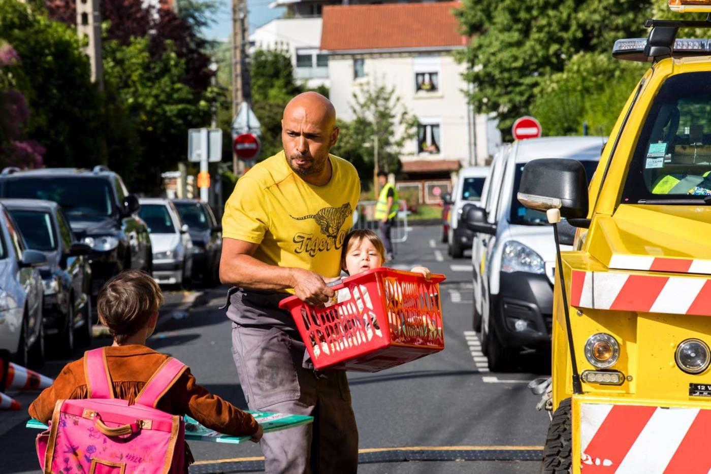 ROULEZ JEUNESSE, ou comment être un bon samaritain – Critique