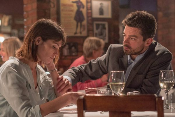A HAPPY WOMAN, a woman of breath – Review
