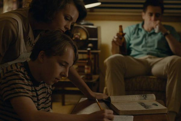 WILDLIFE – SEASON BURNING : beautiful intimate drama of family – a Critique